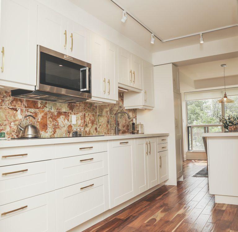 Remodeling Condo, North York, white Kitchen, onyx back splash, backsplash, gold handles